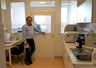 Analytical lab and Peter Palfi